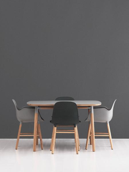 Form Armchair Oak stolička