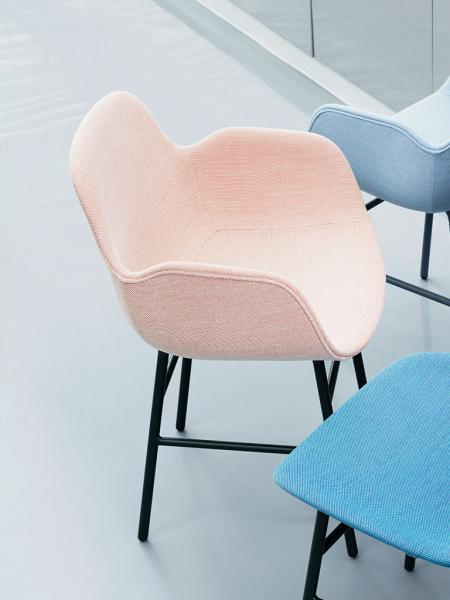 Form Armchair Steel Full Upholstery čalúnená stolička