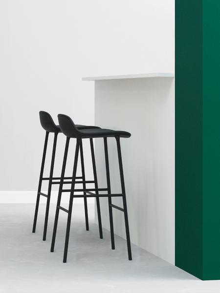 Form Barstool 75cm Steel Full Upholstery čalúnená barová stolička vysoká