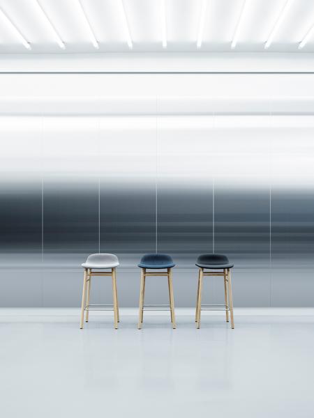 Form Barstool 65cm Oak barová stolička nízka