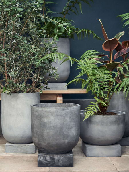 Podium Plant Pot Large