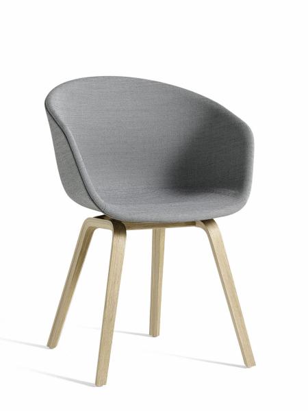 AAC 23 jedálenská stolička celočalúnená