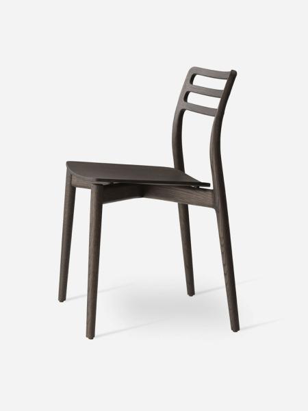 CABIN CHAIR VIPP481 jedálenská stolička