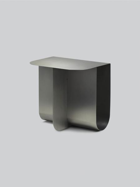 MASS SIDE TABLE stolík