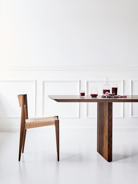 TEN TABLE jedálenský stôl